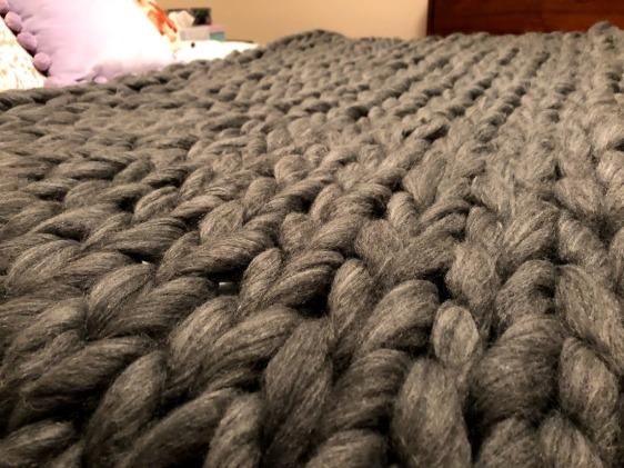 grey chunky knit blanket 2