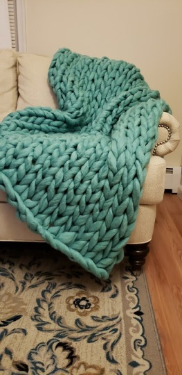 teal chunky knit blanket 3