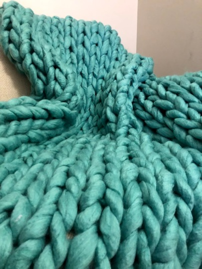 teal chunky knit blanket 4